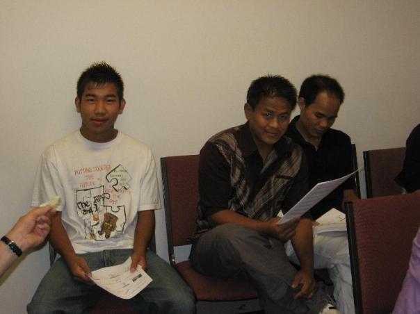 Hmung Humung on the left